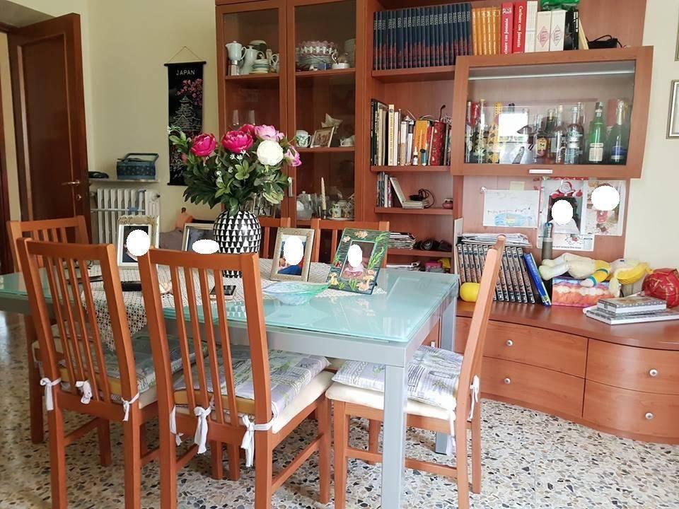foto soggiorno Quadrilocale via De Dominicis, Orte
