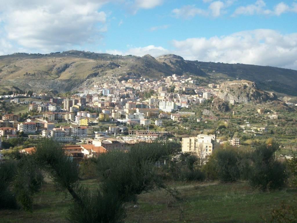 foto 1 panoramica Quadrilocale via vico quinto 4 novembre n, 27, Cassano all'Ionio