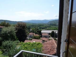 Foto - Bilocale via Trento, Gemonio