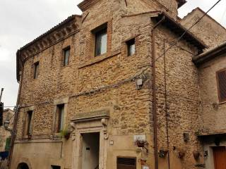 Foto - Trilocale piazza Pollarola 3, Montopoli di Sabina