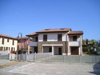 Villa in vendita a Calvagese della Riviera zona Carzago