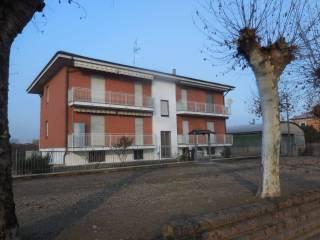 Foto - Trilocale via C  Bosso, Borgo San Martino