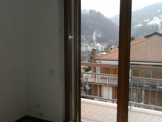 Foto - Appartamento via Giuseppe Mazzini, Zogno