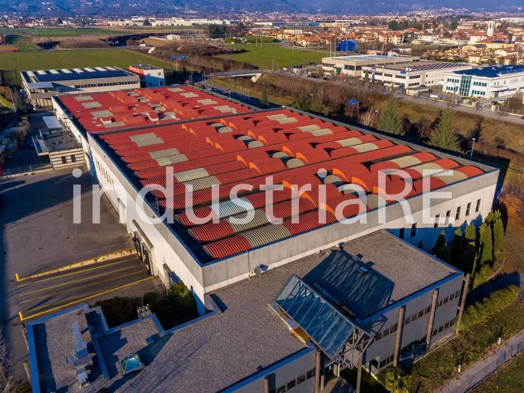 foto vista aerea Capannone in Vendita a Mapello