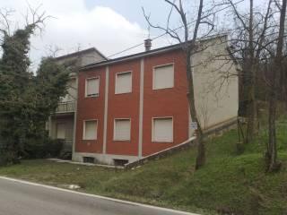 Foto - Palazzo / Stabile Strada Statale di Valle Trebbia, Travo
