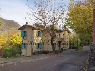 Foto - Palazzo / Stabile Località Farne' Chiesina 171, Poggiolforato, Lizzano in Belvedere