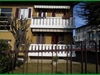 Foto - Trilocale buono stato, piano rialzato, Binago