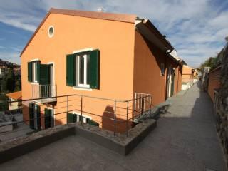 Foto - Bilocale via Provinciale, Fezzano, Portovenere