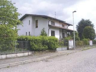 Foto - Villa all'asta via Francesco Petrarca 14, Bregnano