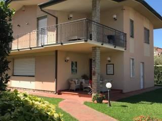 Foto - Villa, buono stato, 200 mq, Cinquale, Montignoso