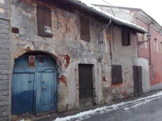 Foto - Casa indipendente via Giuseppe Garibaldi, Bassignana