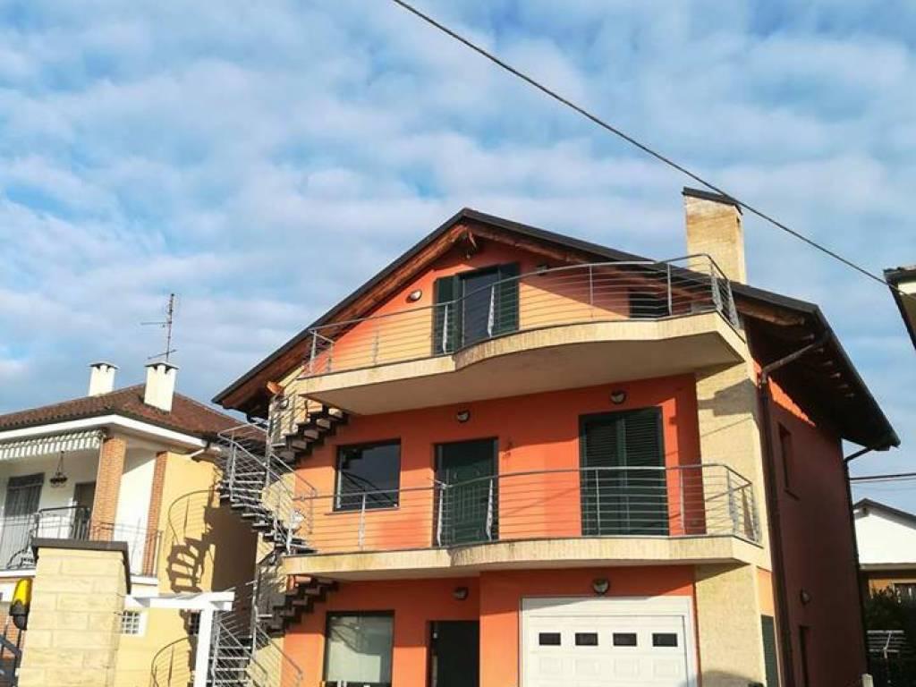 Vendita Villa in via Buttigliera 11 Chieri. Ottimo stato, posto auto ...