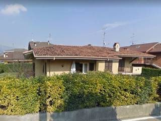 Foto - Villa via Camillo Benso di Cavour, Botticino