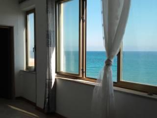 Foto - Appartamento buono stato, secondo piano, Strongoli