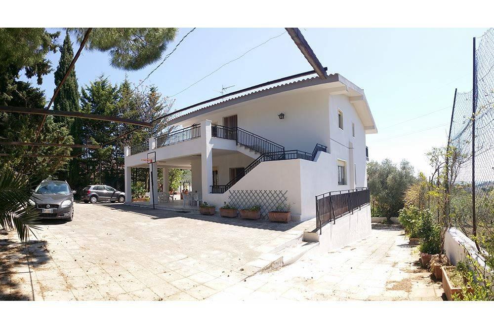 foto  Villa 240 mq, Caltanissetta