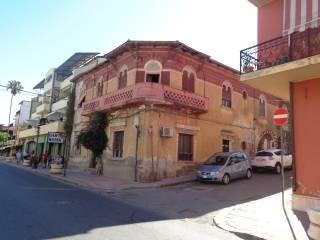 Foto - Palazzo / Stabile via Fratelli Bandiera, Brancaleone