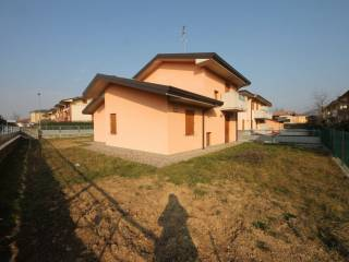 Foto - Villa via San Francesco d'Assisi, Carobbio degli Angeli