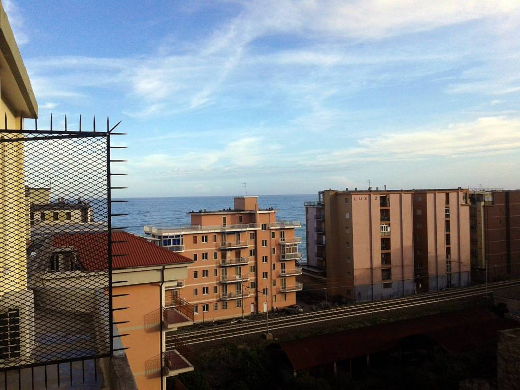 foto terrazzo Trilocale via 25 Aprile 14, Borghetto Santo Spirito