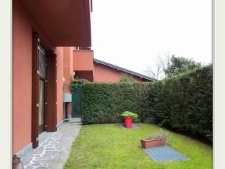 Foto - Trilocale buono stato, piano terra, Castelnuovo Bozzente