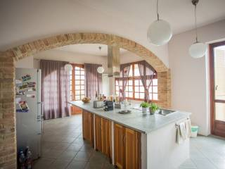 Foto - Casa indipendente via Medico Balliano 47, Grana