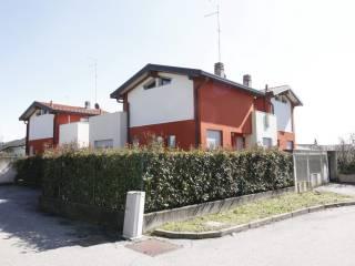 Foto - Bilocale via Bernina, Lomazzo