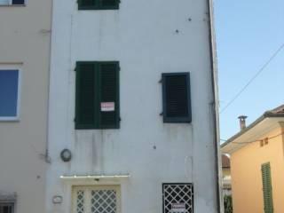 Foto - Casa indipendente via della Santissima Annunziata, Santissima Annunziata, Lucca