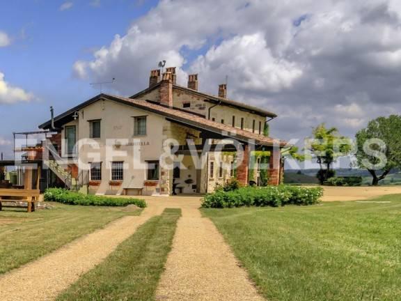 foto Esterno Rustico / Casale Cascina Mantella, Vignale Monferrato