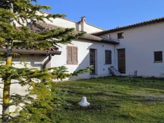 Foto - Rustico / Casale via del Lago 9, Colfiorito, Foligno