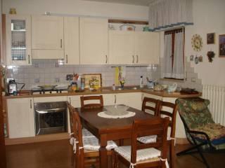 Foto - Appartamento secondo piano, Fratta Todina