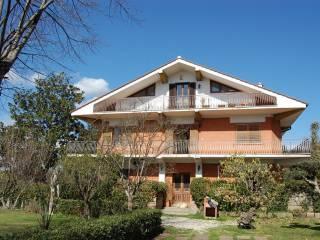 Foto - Quadrilocale via Molvedo 6, Monte Caminetto, Sacrofano