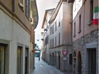 Foto - Bilocale all'asta via Vittorio Emanuele 11, Caprino Bergamasco