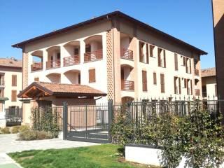 Foto - Trilocale via Papa Giovanni Paolo II, Bazzana Superiore, Assago