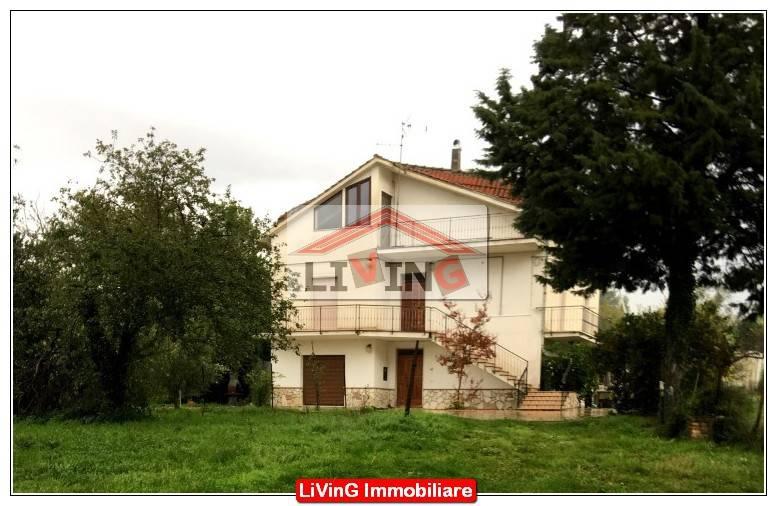 foto  3-room flat Localita Collenoci, Arce