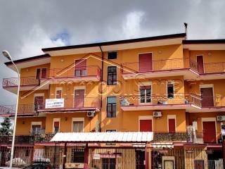 Foto - Trilocale da ristrutturare, secondo piano, Gricignano di Aversa