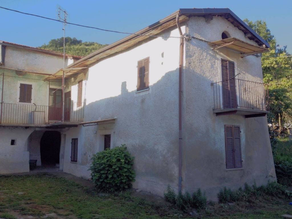 foto  Rustico / Casale via Carlevaris, Montaldo di Mondovì