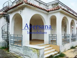 Foto - Villa viale Fiume Tevere, Castel Volturno