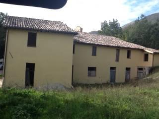 Foto - Rustico / Casale Località Perito 2, Camerino