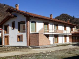 Foto - Villa via Valle Po 15, Revello