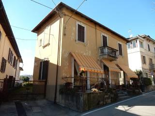 Foto - Casa indipendente via San Primo 2, Leggiuno
