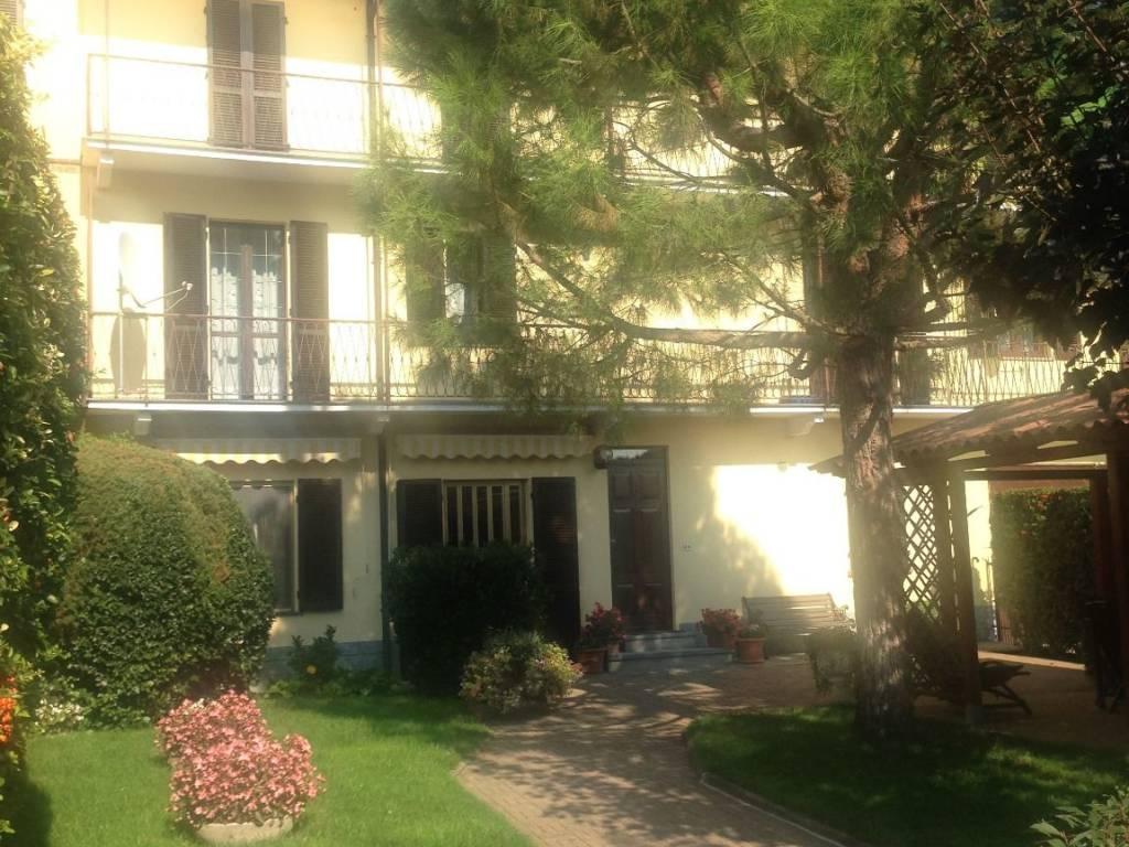 Foto 1 di Appartamento Via Roma, Castello Di Annone