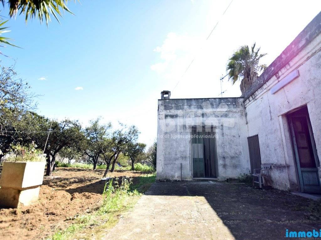 foto esterno Villa unifamiliare, da ristrutturare, 90 mq, Oria