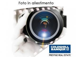 Foto - Palazzo / Stabile quattro piani, da ristrutturare, Veronetta, Verona