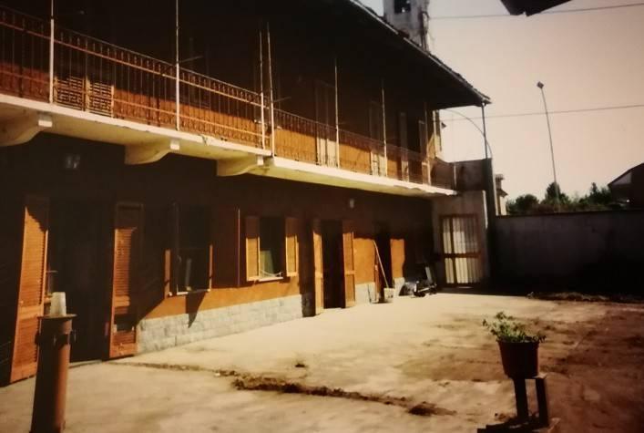 foto esterno Rustico via Duca degli Abruzzi 50, Caluso