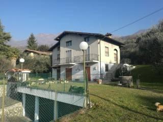 Foto - Villa, buono stato, 370 mq, Sale Marasino
