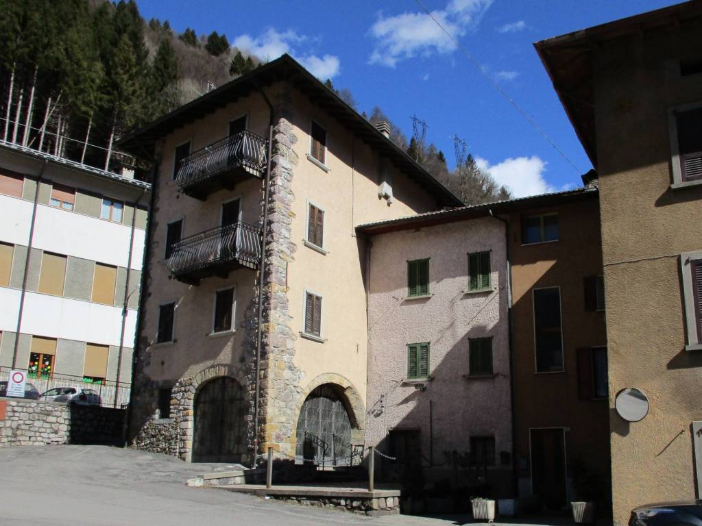 foto esterno Detached house via Lorenzo Mascheroni, Olmo al Brembo