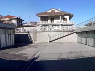 Foto - Box / Garage piazza L  Cornelio 2, Caraglio