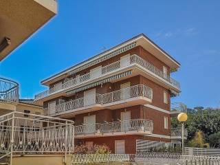 Foto - Appartamento viale Giuseppe Romita 3, Cupra Marittima