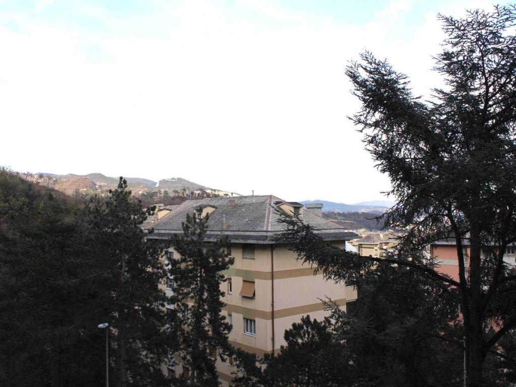 foto  Trilocale via Emilio Salgari, Genova