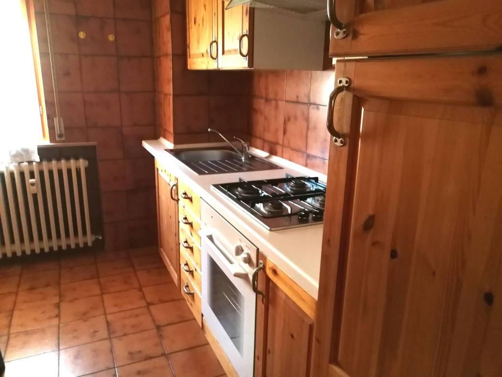 foto  4-room flat via Trento, Treviglio