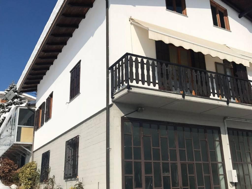 foto  Apartment in villa Strada Provinciale 35 169, Roburent